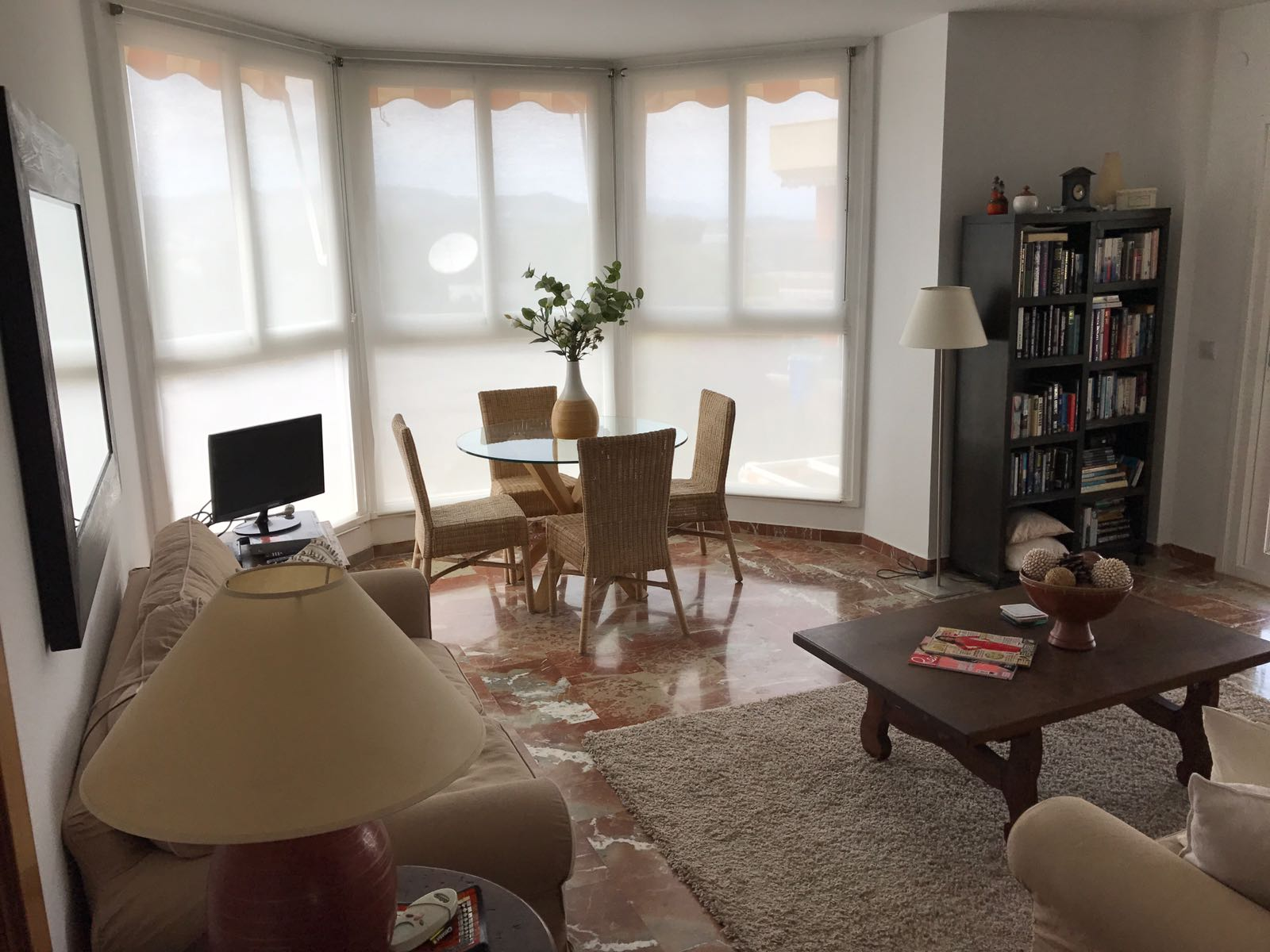 3V-154-C FANTASTIC 3 BEDROOM APARTMENT WITH A GREAT TERRACE!!