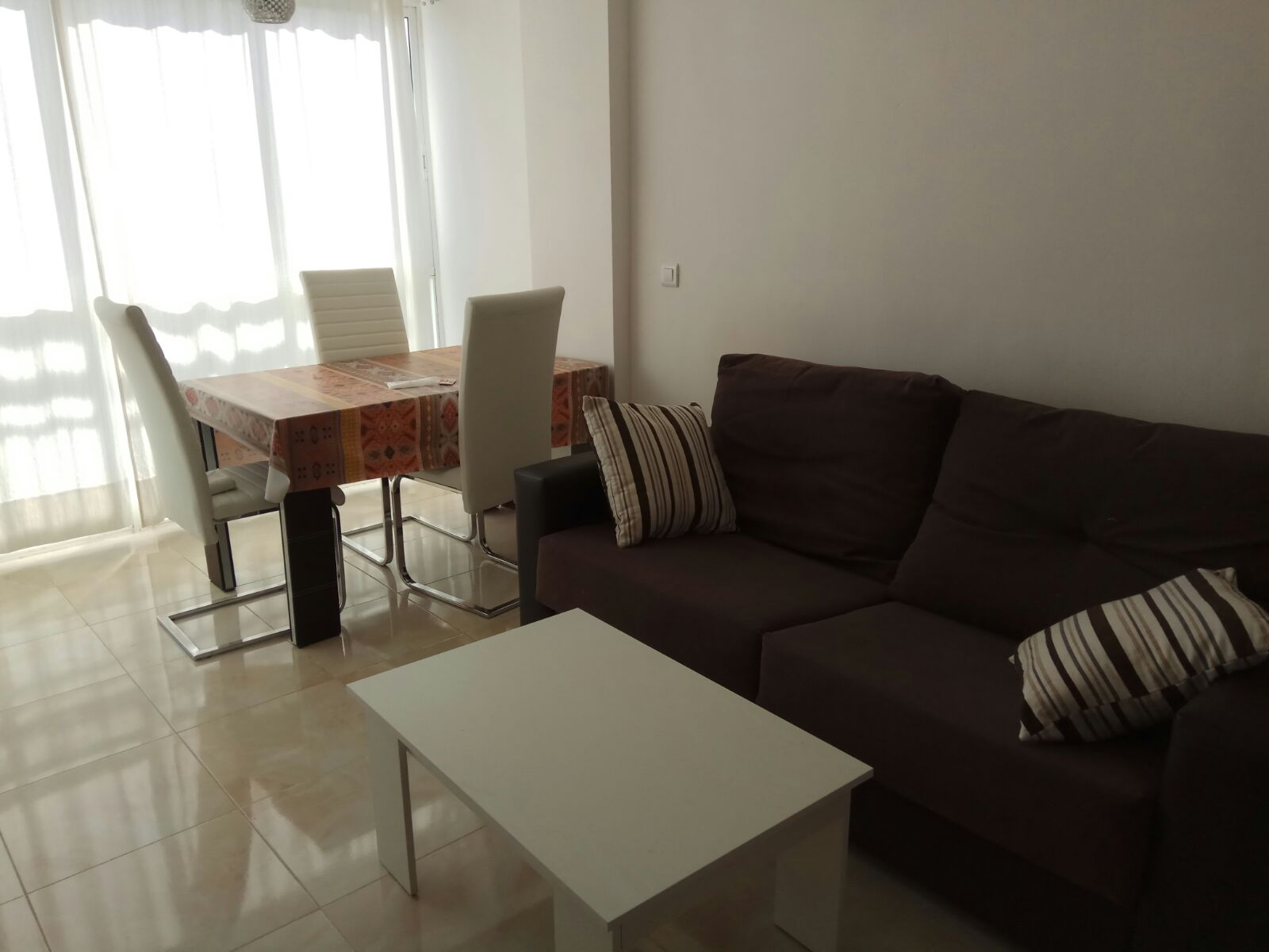 1V-075 REFORMED ONE BEDROOM APARTMENT WITH SWIMMING POOL !