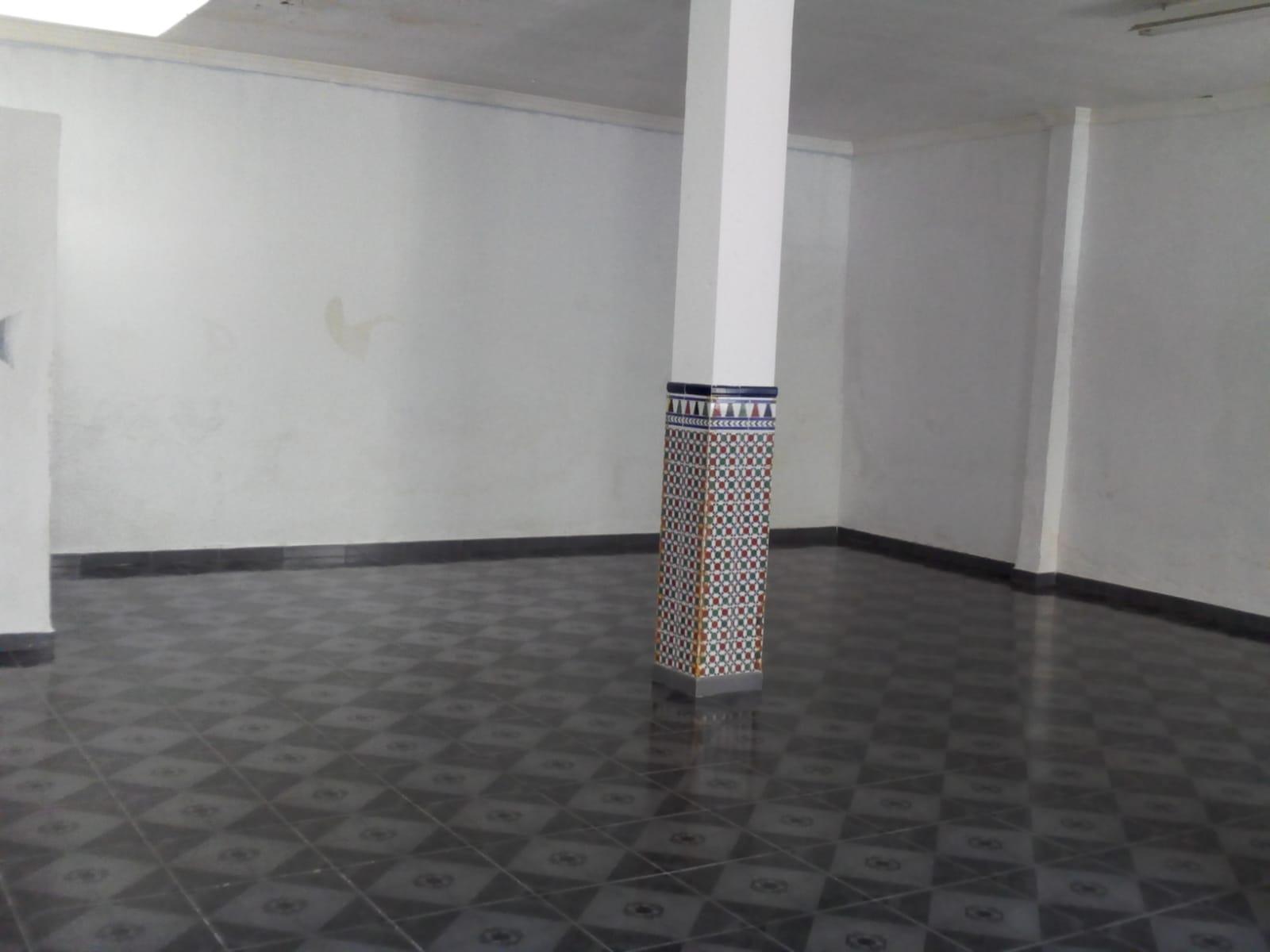 LV-041 LOCAL COMERCIAL EN VELEZ MALAGA